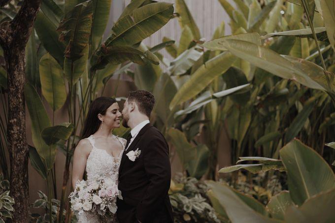 Mindy & Cameron Wedding at W Hotel Bali by AKSA Creative - 039