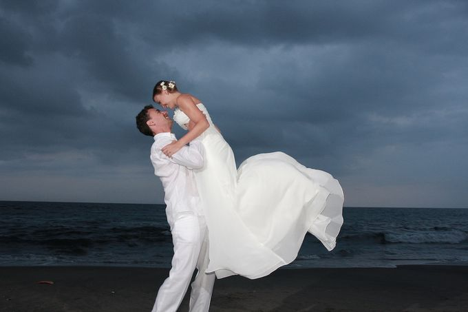 Beach Wedding by lombok wedding planner - 003