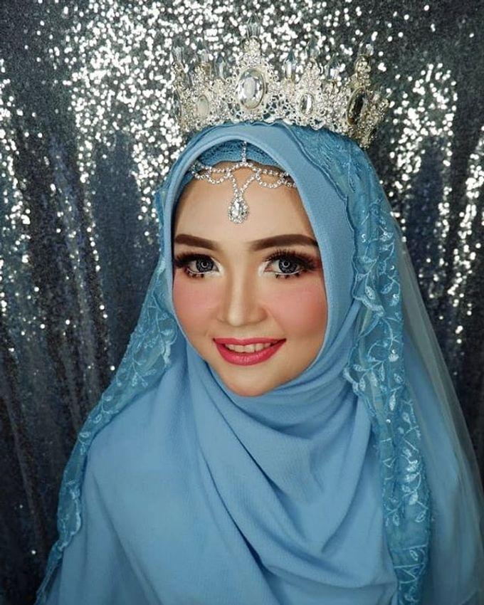 Make up by Owner Tri Lestari by Princessbridalgallery - 001