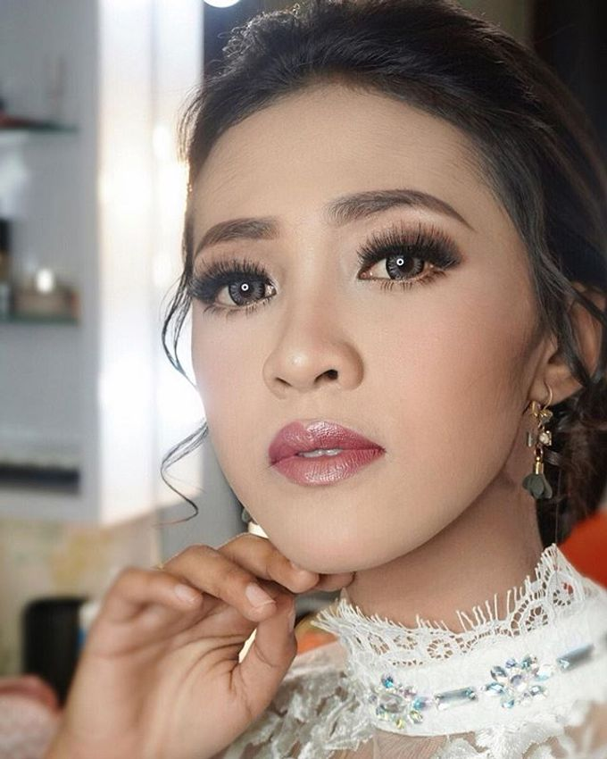 Wedding Make Up  by shabrinamakeup - 001