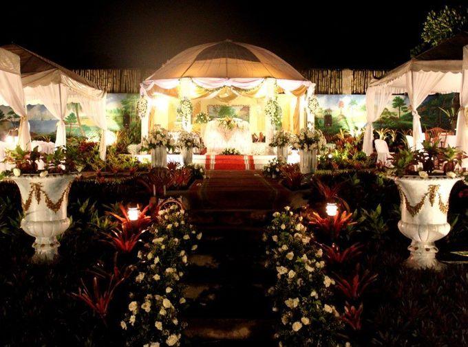 Garden Wedding at Night by Casa De Carlo - 001