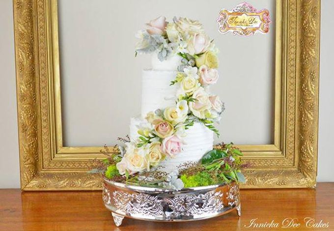 Wedding Cakes by Innicka Dee Cakes - 040