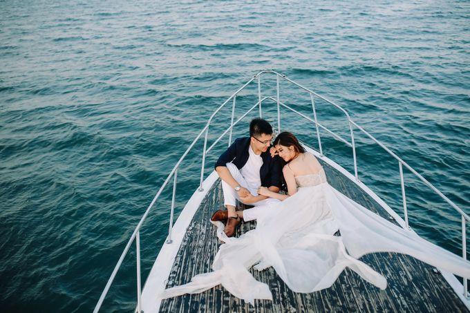 PRE - WEDDING MARVELL & VIONA  BY HENOKH WIRANEGARA by All Seasons Photo - 039