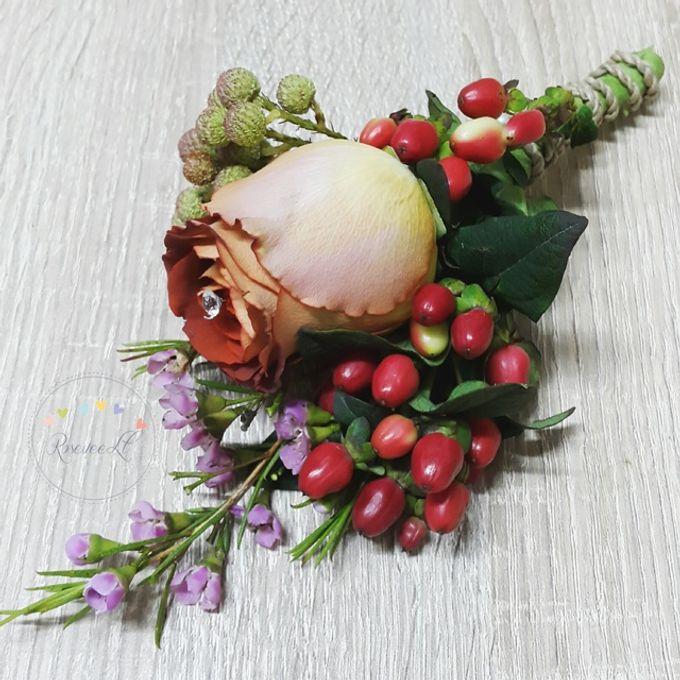 Boutonnière /Corsage by Roseveelt Florist - 003