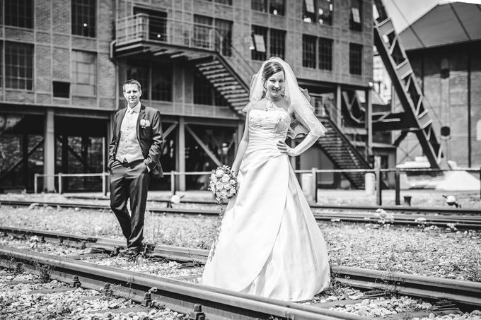 Black and White by InMoment Wedding Photography - 005