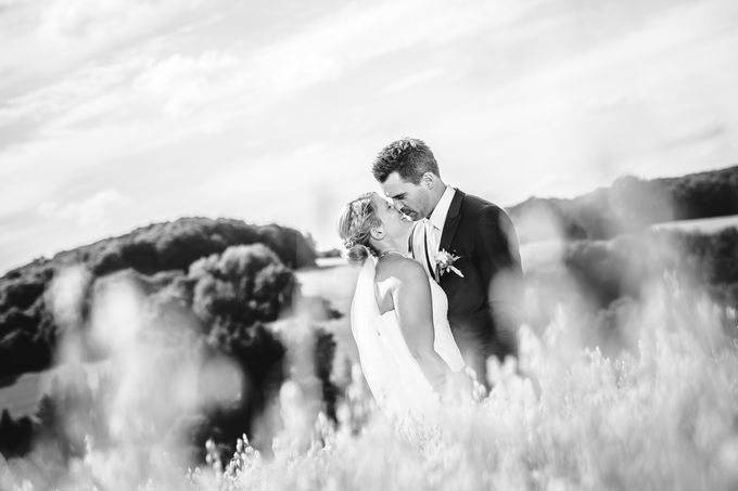 Black and White by InMoment Wedding Photography - 008