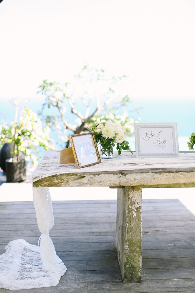 Organic Elegance in Seventh Heaven by Hari Indah Wedding Planning & Design - 002