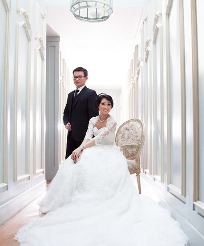 Indoor Prewedding 02 by King Foto & Bridal Image Wedding - 003