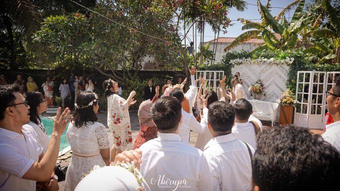 Poolside Wedding Party of Elvira & Irfan by Abirupa Wedding Planner - 029