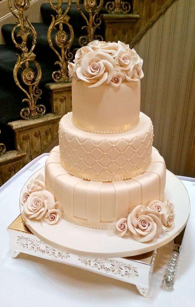 Designer Wedding Cakes By House Of Elegant Cakes Bridestory Com