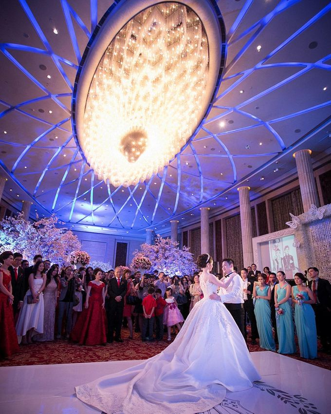 Lukman & Vylen Wedding by Imelda Hudiyono Bride - 011