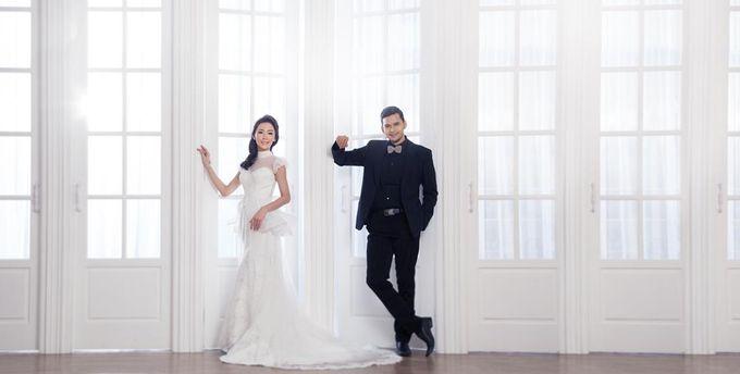Indoor Prewedding 03 by King Foto & Bridal Image Wedding - 003