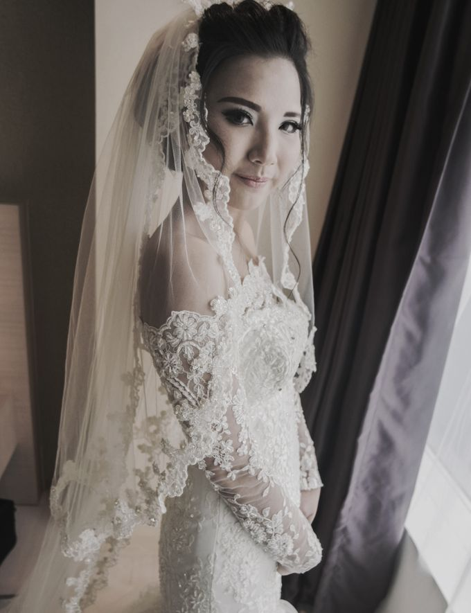 Terrycatherina & Arifs wedding by Stephanie Amanda Couture - 002