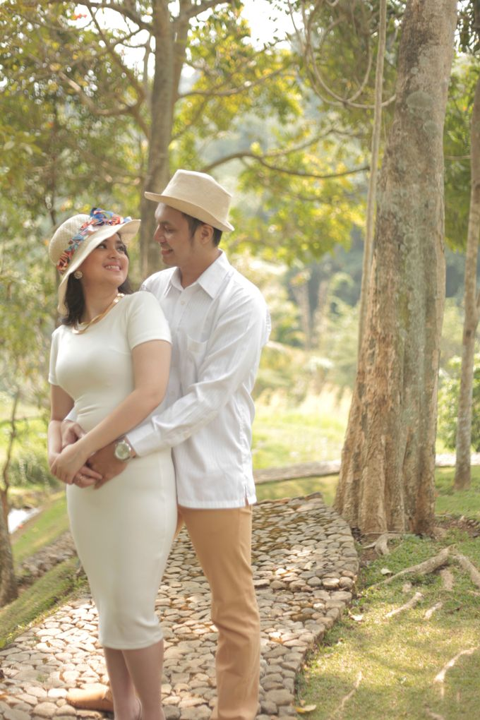 Riki & Etha Prewedding by Glenn Chandra Wedding - 003