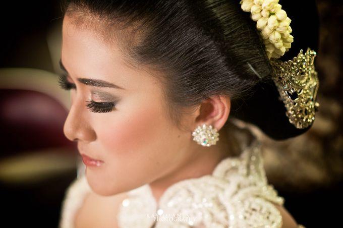 Gessa And Adjie Wedding Ceremony by D&D Professional Make Up Artist & Kebaya By Dindin Nurdiansyah - 003
