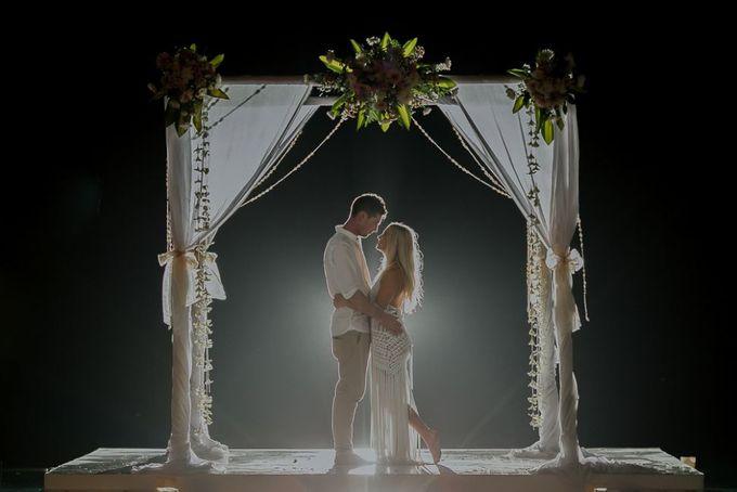 Wedding day of Koby & Shane by Ferry Tjoe Photography - 030