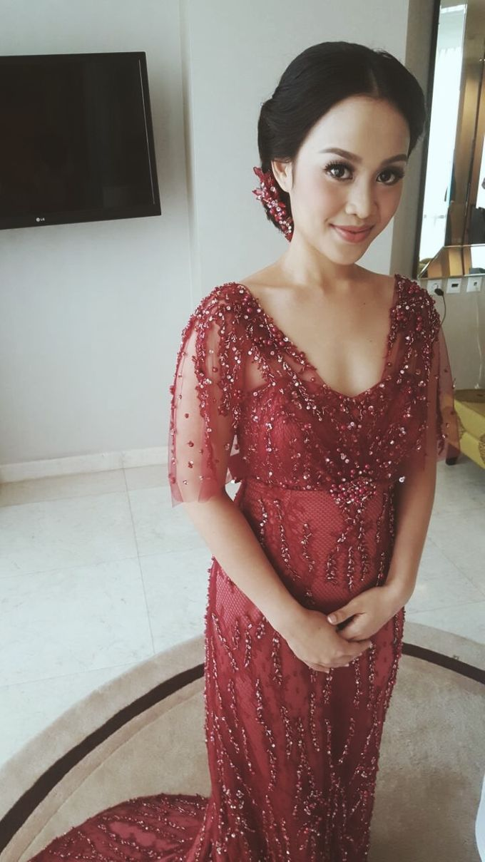 Red for Wedding Reception by Arthaputri Atelier - 002
