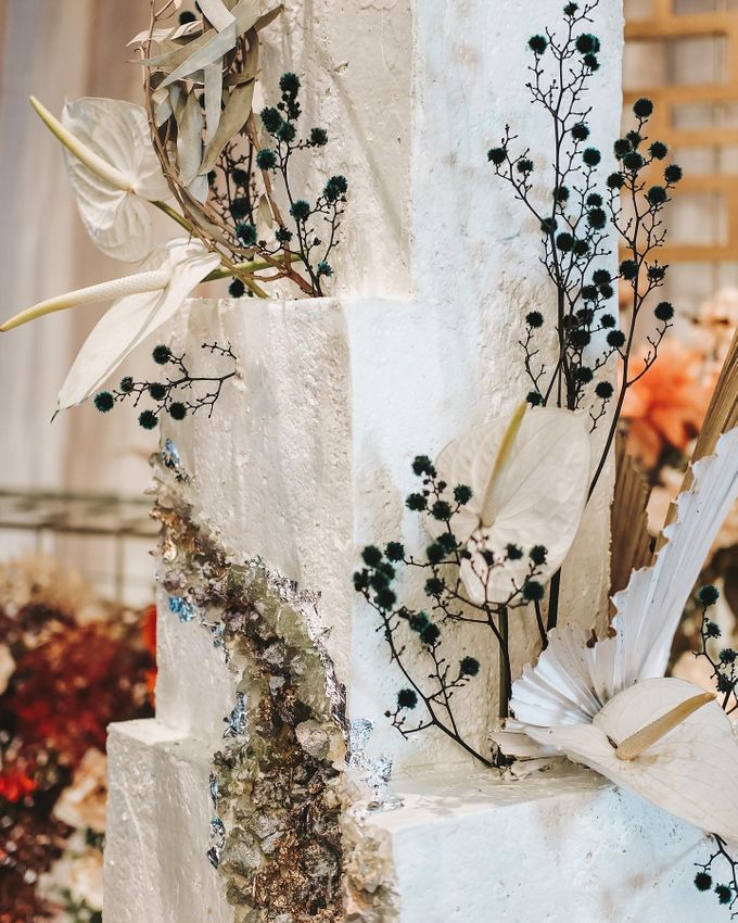 This Wedding is made intimate but not just that, every single details made personal to the bride and groom. In the midst of the pandemic, we understan by KAIA Cakes & Co. - 007