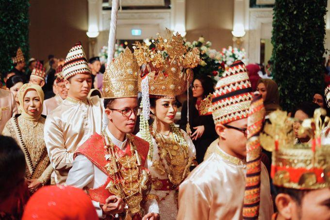 Drina & Akbar Wedding by HENRY BRILLIANTO - 011