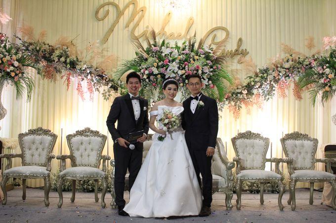 MC Wedding Santika Premier Hayam Wuruk - Anthony Stevven by ENST Couture - 012