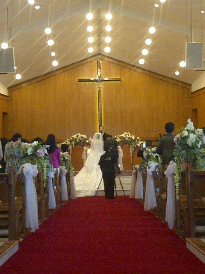 THE WEDDING OF ANTON & LENNY / 17.01.15 / ROSE GARDEN RESTAURANT, SLIPI, JAKARTA by AS2 Wedding Organizer - 002
