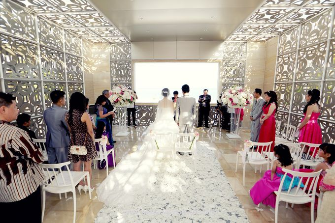 The Wedding of Ivan & Indah by Tati Photo - 026