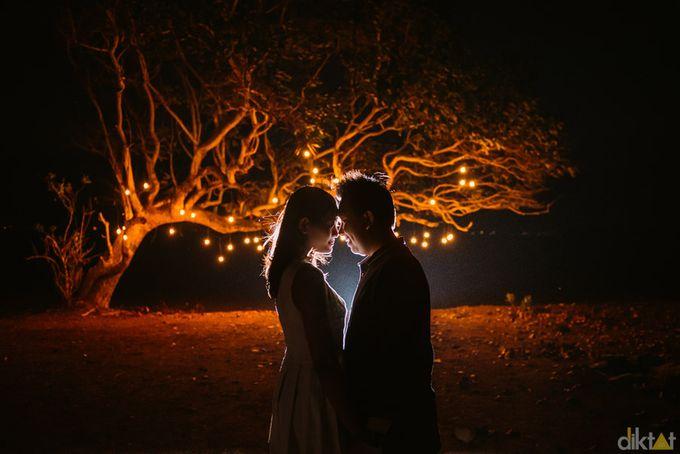 Engagement // prewedding Hendra & Dimitry by diktatphotography - 025