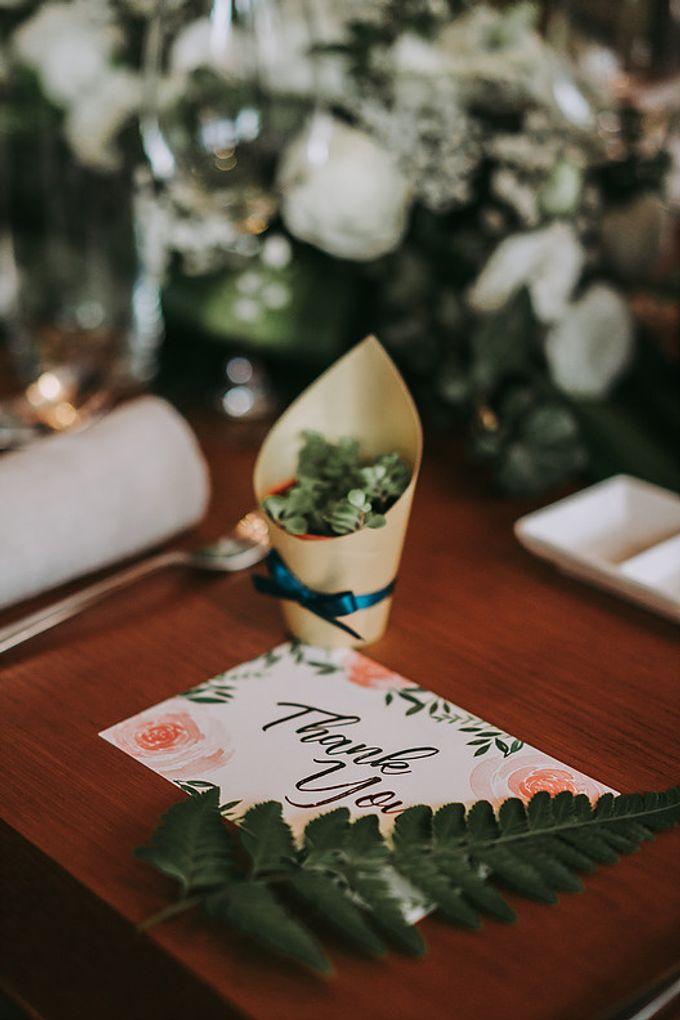 A Luxury Romantic Wedding by Glittering Carousel - 010