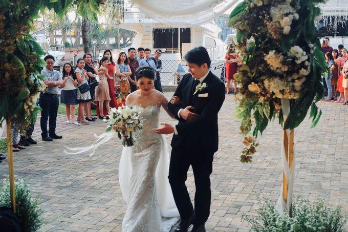 Rio & Lian Wedding by HENRY BRILLIANTO - 019