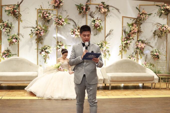 MC Intimate Wedding Glass House Ritz Carlton Pacific Place  - Anthony Stevven by Anthony Stevven - 002
