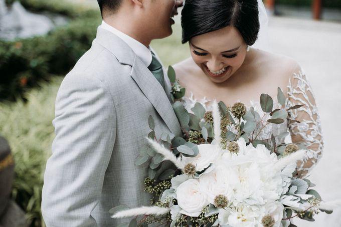 Andrew & Patricia by Reverose Flower Studio - 001