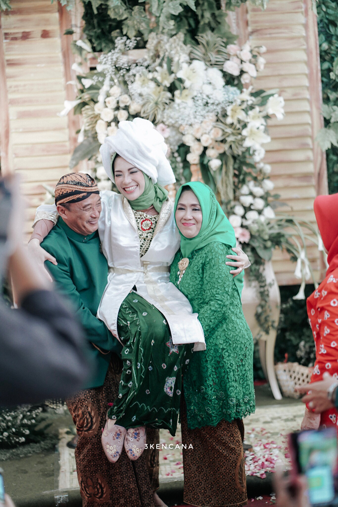 Pengajian Siraman dr. habibah dan dr. ulil by SVARGA PHOTO & FILM - 008