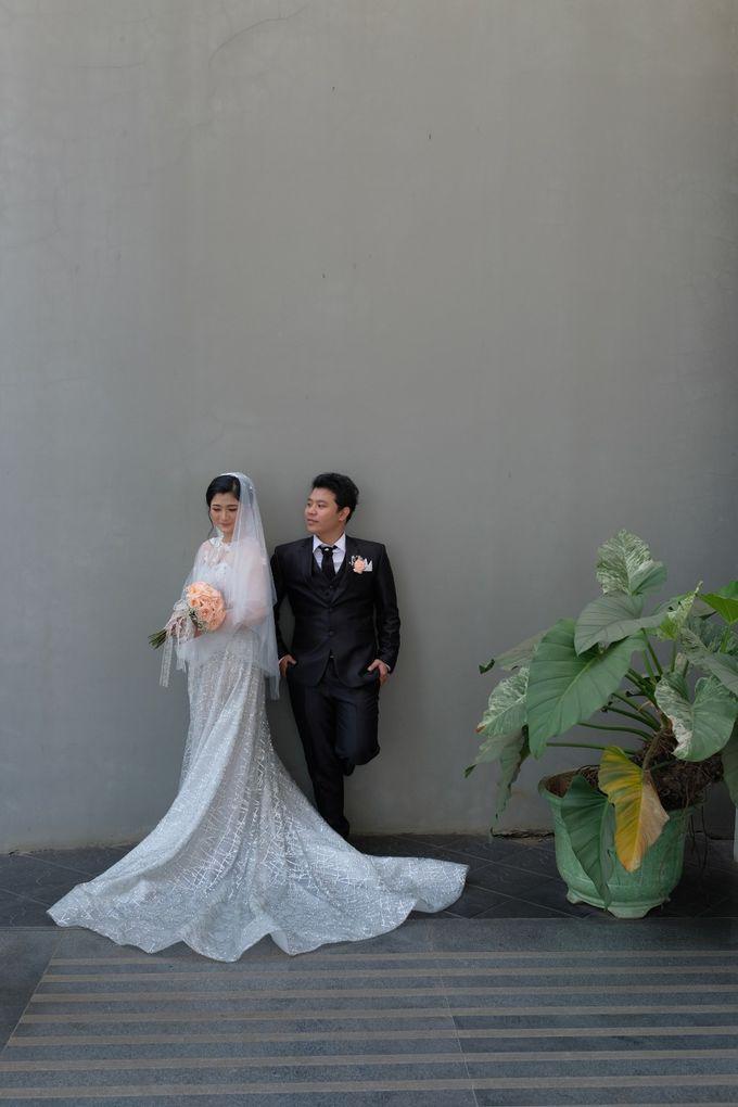 The Wedding Of Mr. DONY & Mrs. IVONE by ODDY PRANATHA - 018