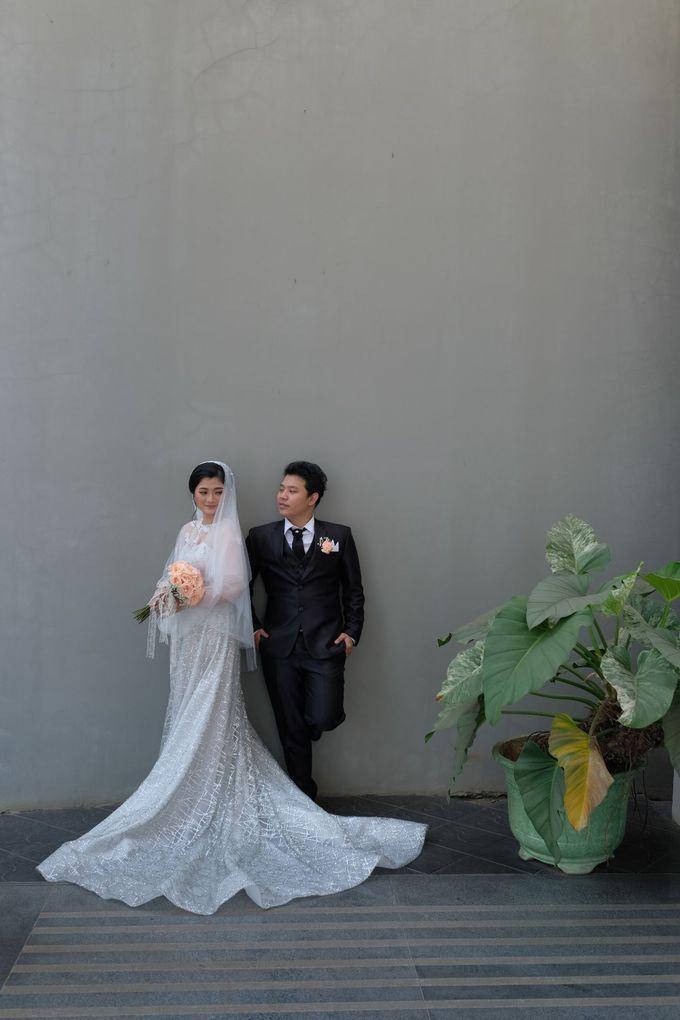 The Wedding Of Mr. DONY & Mrs. IVONE by ODDY PRANATHA - 012
