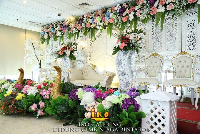 Dekorasi Pelaminan by IKO Catering Service dan Paket Pernikahan - 037