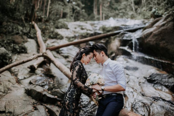 Local Malaysia Engagement & Pre-Wedding of Kevin & Pinkiee by Jessielyee. - 022