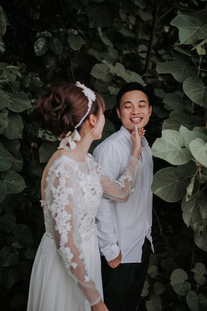 Local Malaysia Engagement & Pre-Wedding of Mellvin & Eunice by Jessielyee. - 011