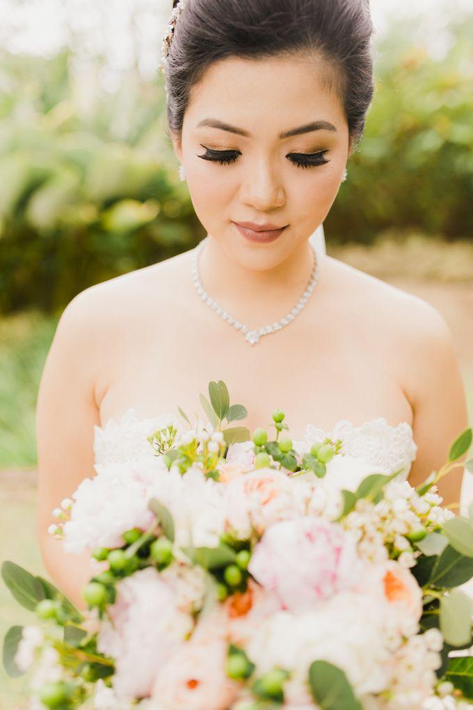 Ian & Farra Intimate Beach Villa Wedding by Vilia Wedding Planner - 016