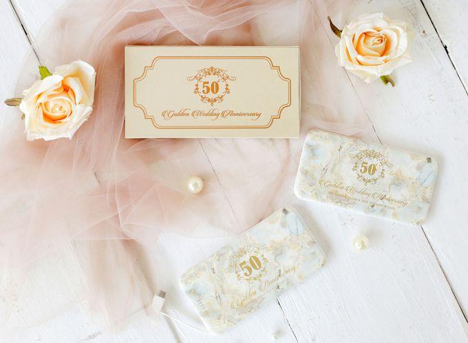 Golden Wedding Anniv - Custom powerbank by PORTÉ by Clarin - 005