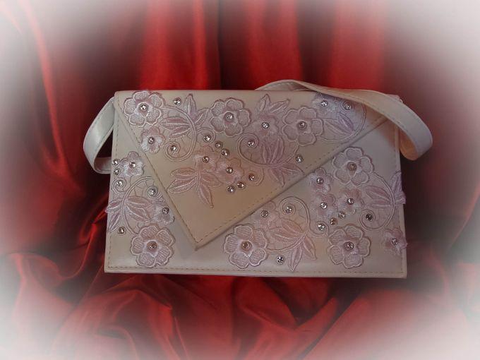 BRIDAL CLUTCHES by Pamela Falli - 030