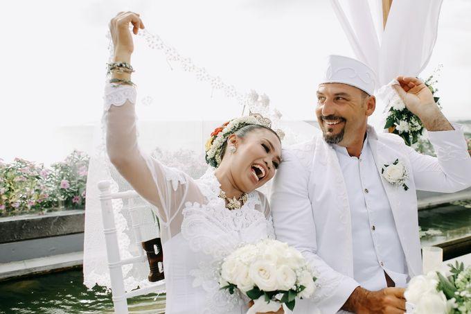 Chad and Lia Wedding by Jimbaran Bay Beach Resort and Spa - 003