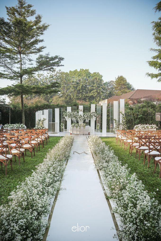 The Modern and Elegant Wedding Ceremony of Monica and Allen by Elior Design - 001