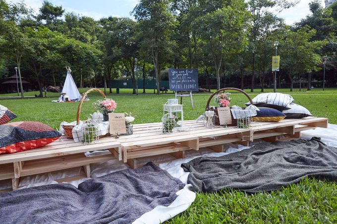 Picnic Wedding at the Park by Megu Weddings - 004