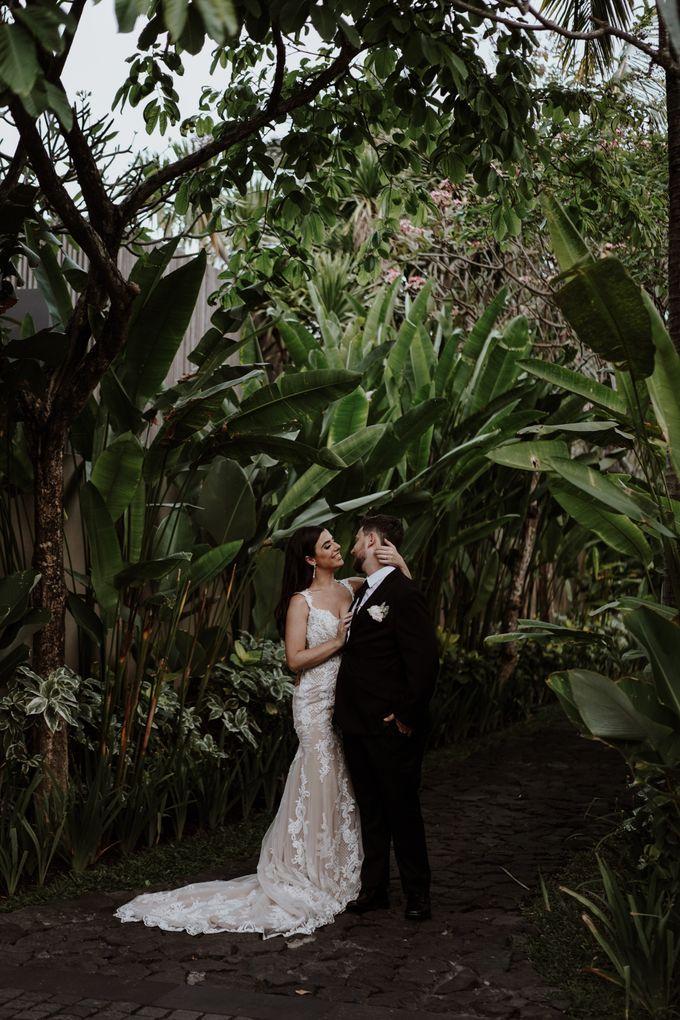 Mindy & Cameron Wedding at W Hotel Bali by AKSA Creative - 040