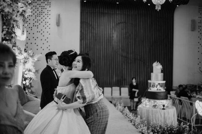 Lady & Julianto Wedding at Le Meridien Jakarta by AKSA Creative - 040