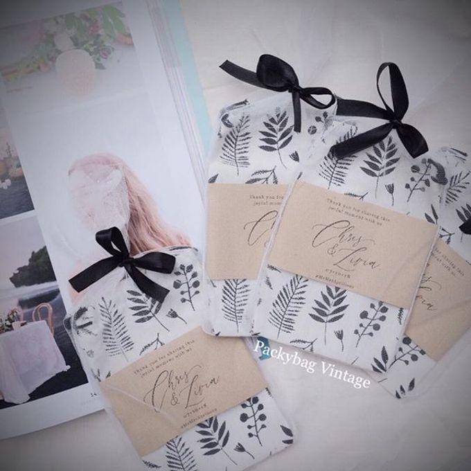 Livia & Chris Wedding by Packy Bag Vintage - 004