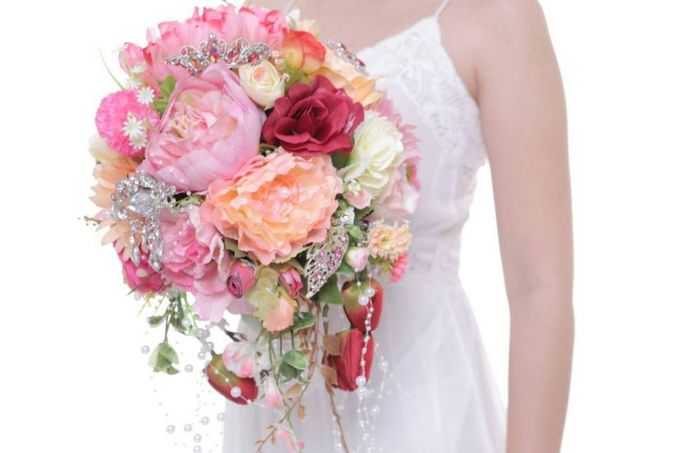 ENCHANTED WEDDING BOUQUET by LUX floral design - 003