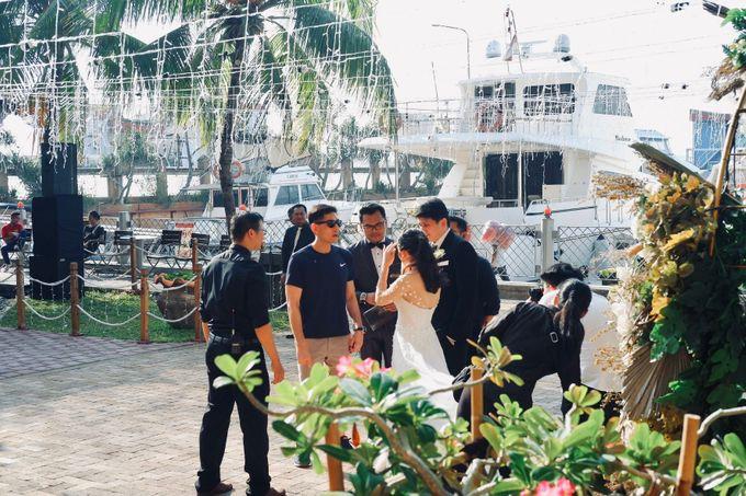 Rio & Lian Wedding by HENRY BRILLIANTO - 009