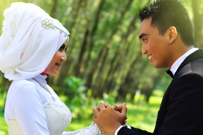 Dyah and Hadwer's Prewedding by KSA photography - 002