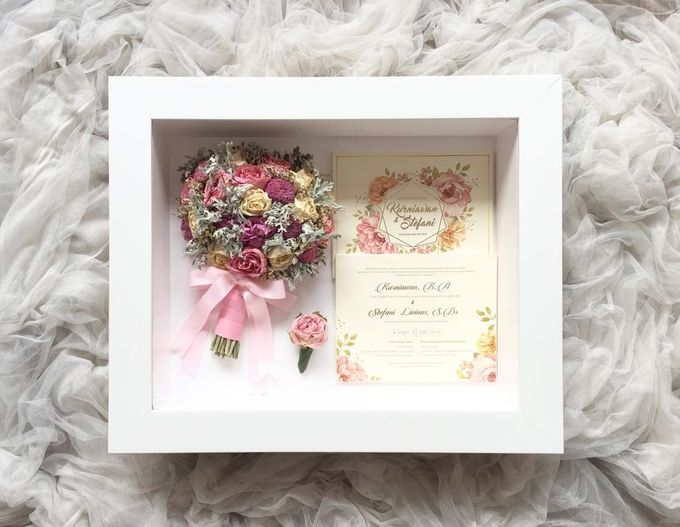 Signature of Bouquet 40x50 by Magnolia Dried Flower - 002
